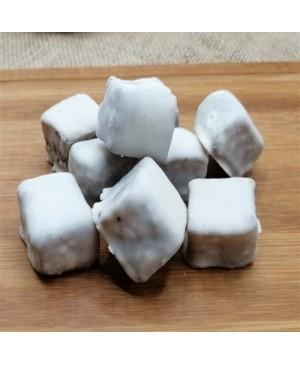 Kayısı Çekirdekli Beyaz Çikolata